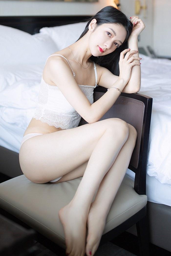 小热巴美女脱衣图片丰胸翘臀皮肤光洁完美无瑕 内衣mm-第3张
