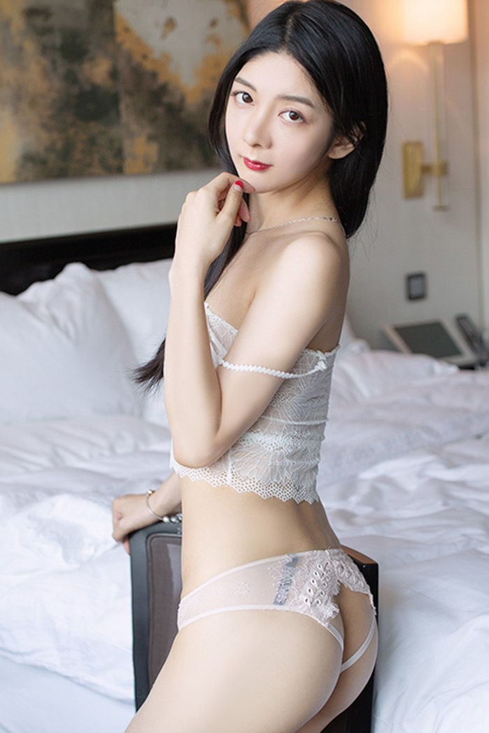 小热巴美女脱衣图片丰胸翘臀皮肤光洁完美无瑕 内衣mm-第4张