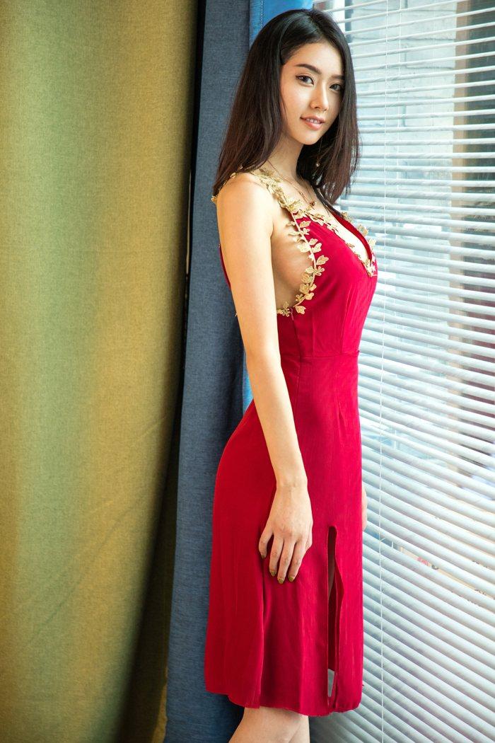 放荡女人图片丰乳翘臀超大尺度完美引人注意 内衣mm-第3张