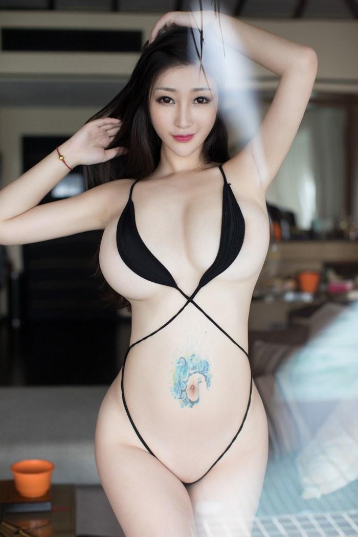 气场佳人乐薇空姐服秀出纤细的美腿美丽动人 内衣mm-第2张