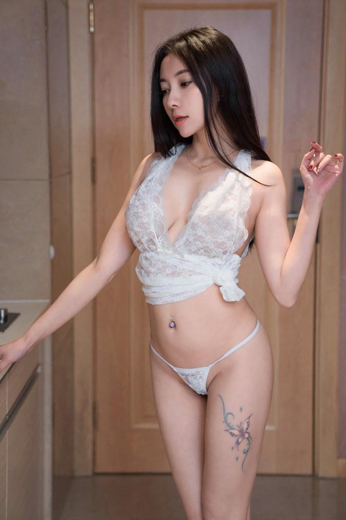 风韵师姐杨晨晨爆乳滑嫩大长腿嫩白美丽动人 内衣mm-第3张