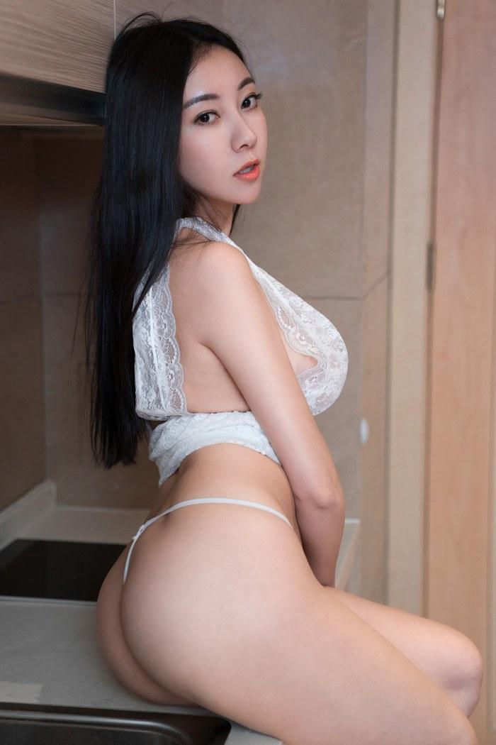 风韵师姐杨晨晨爆乳滑嫩大长腿嫩白美丽动人 内衣mm-第4张