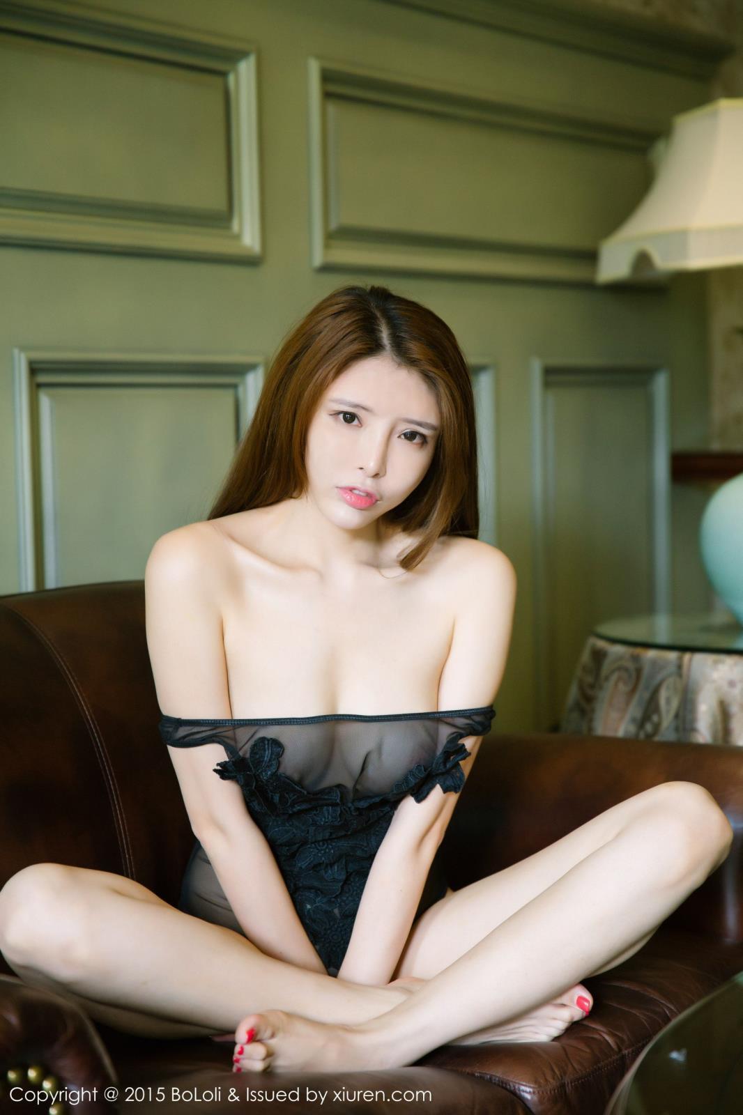 性感女神夏小秋秋秋黑丝美腿内衣诱惑写真 内衣mm-第4张