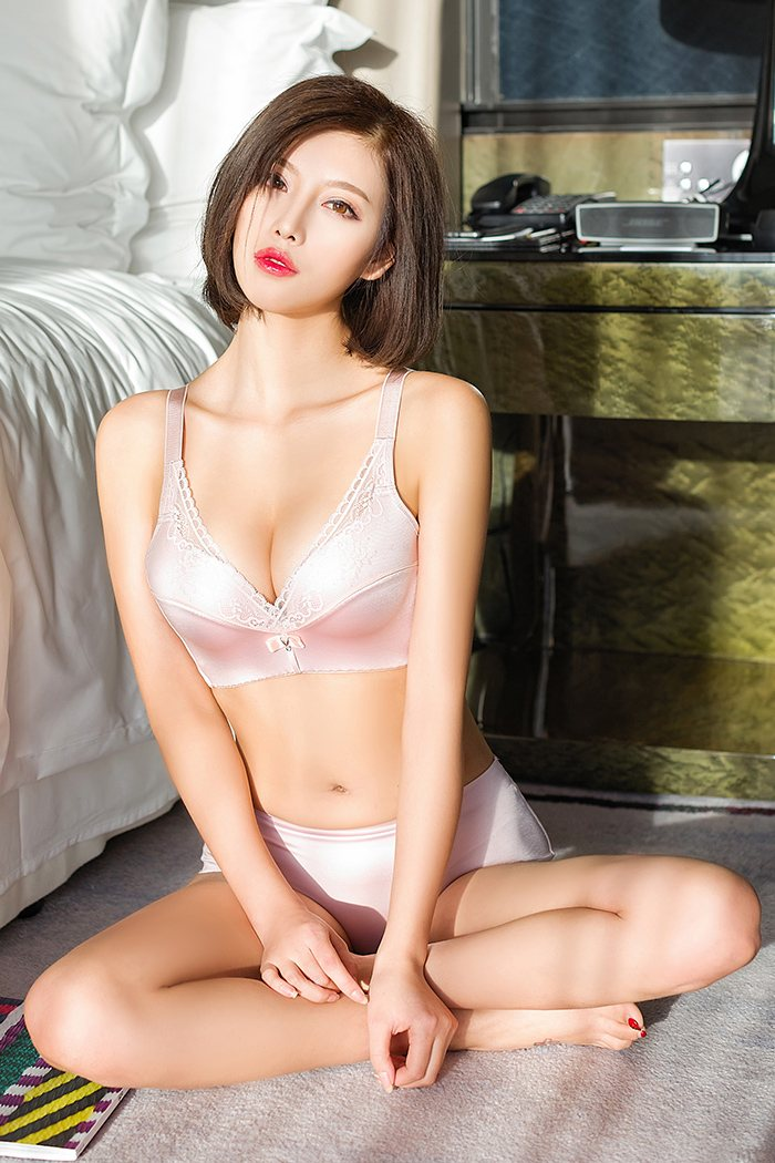 非主流清新女生图片身型丰满诱人十分够味 内衣mm-第3张