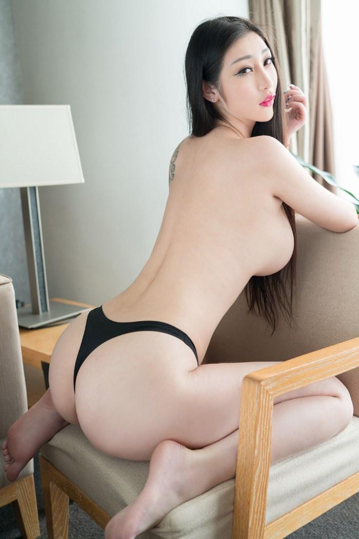 看美女的胸轻衣薄衫床前彼此之间抚慰 内衣mm-第2张