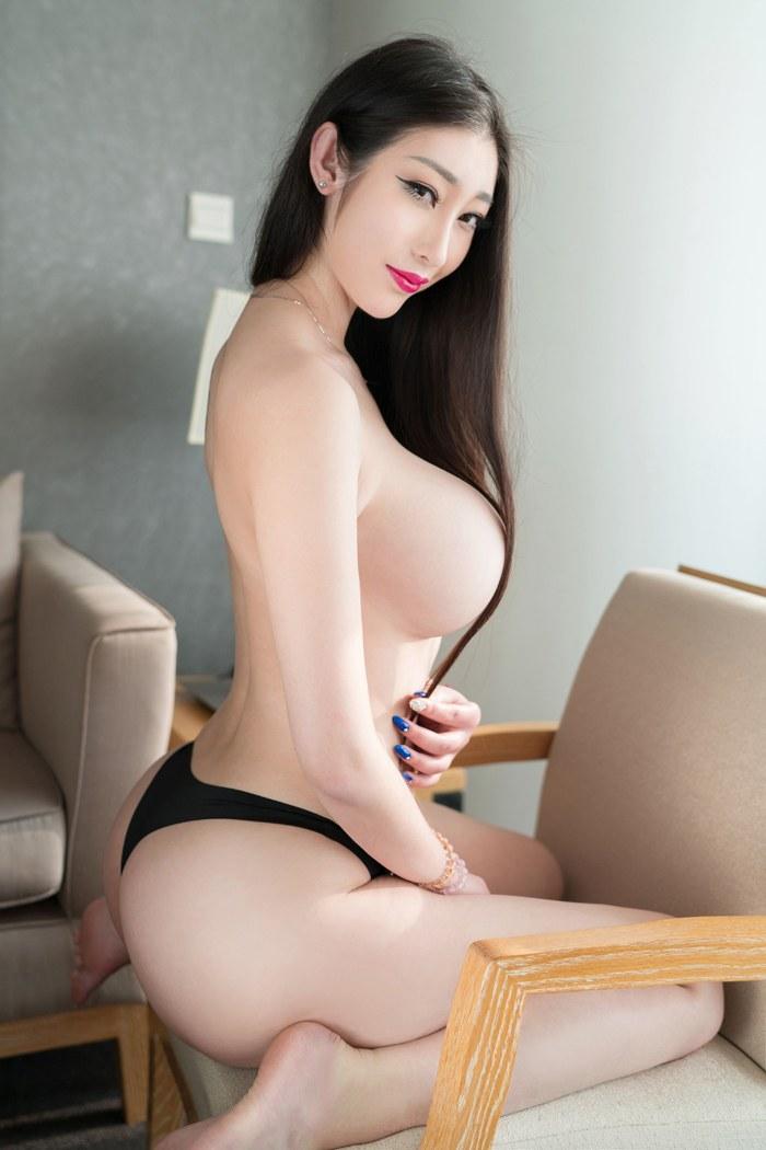 看美女的胸轻衣薄衫床前彼此之间抚慰 内衣mm-第1张