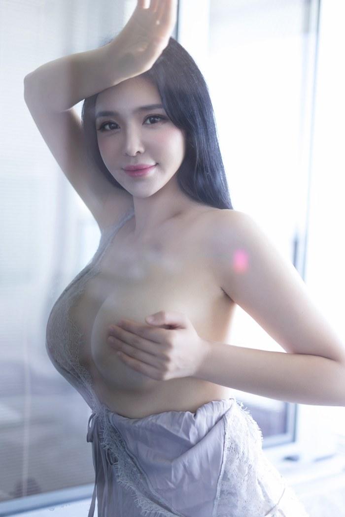 风采美少妇尤妮丝情趣睡衣难挡丰胸肥臀 内衣mm-第1张