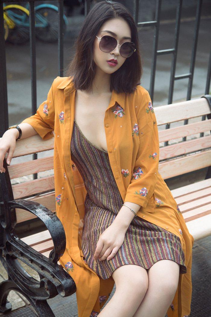 非主流个性美女图片探戈肤若凝脂令人心潮澎湃 内衣mm-第2张