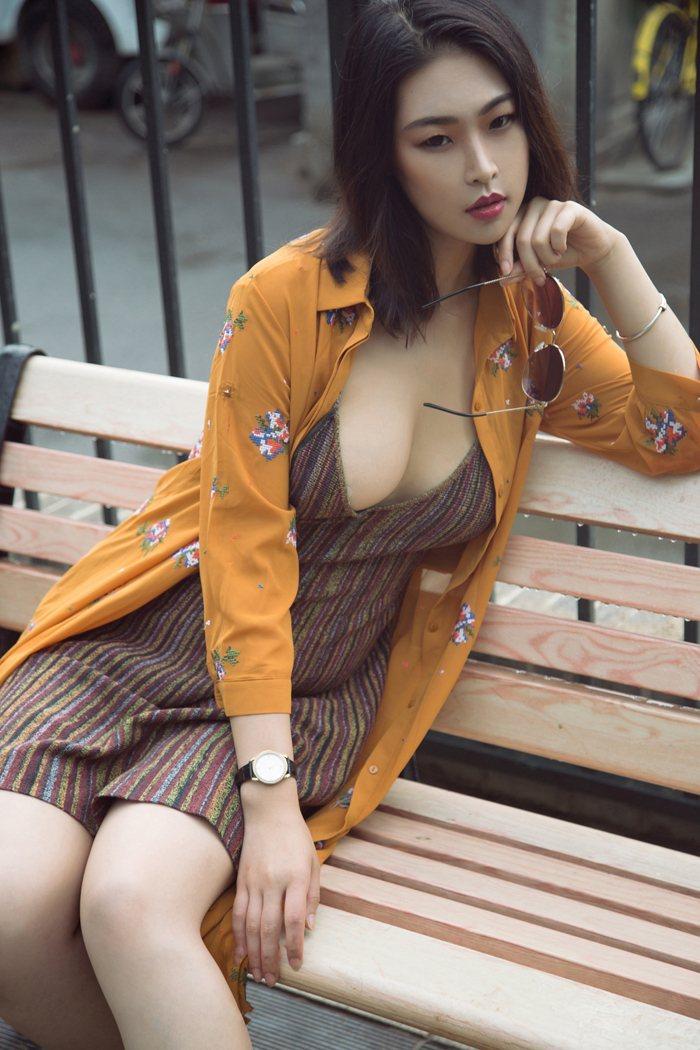 非主流个性美女图片探戈肤若凝脂令人心潮澎湃 内衣mm-第4张