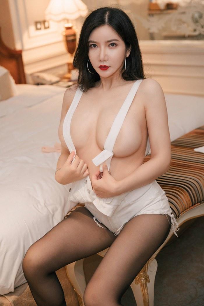 鲁鲁修高清图片裸身出境娇乳圆润魅眼美丽动人 内衣mm-第4张