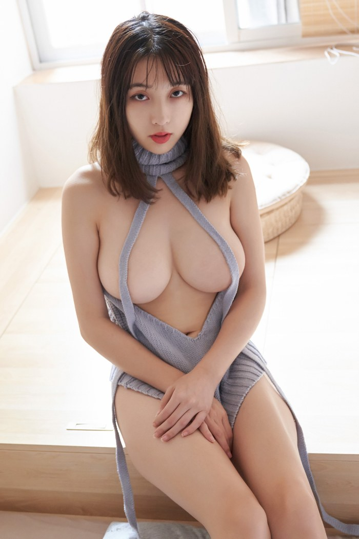 性感美女脱衣白修长美腿丰满大胸醒目 内衣mm-第3张