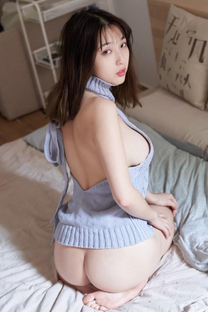 性感美女脱衣白修长美腿丰满大胸醒目 内衣mm-第2张