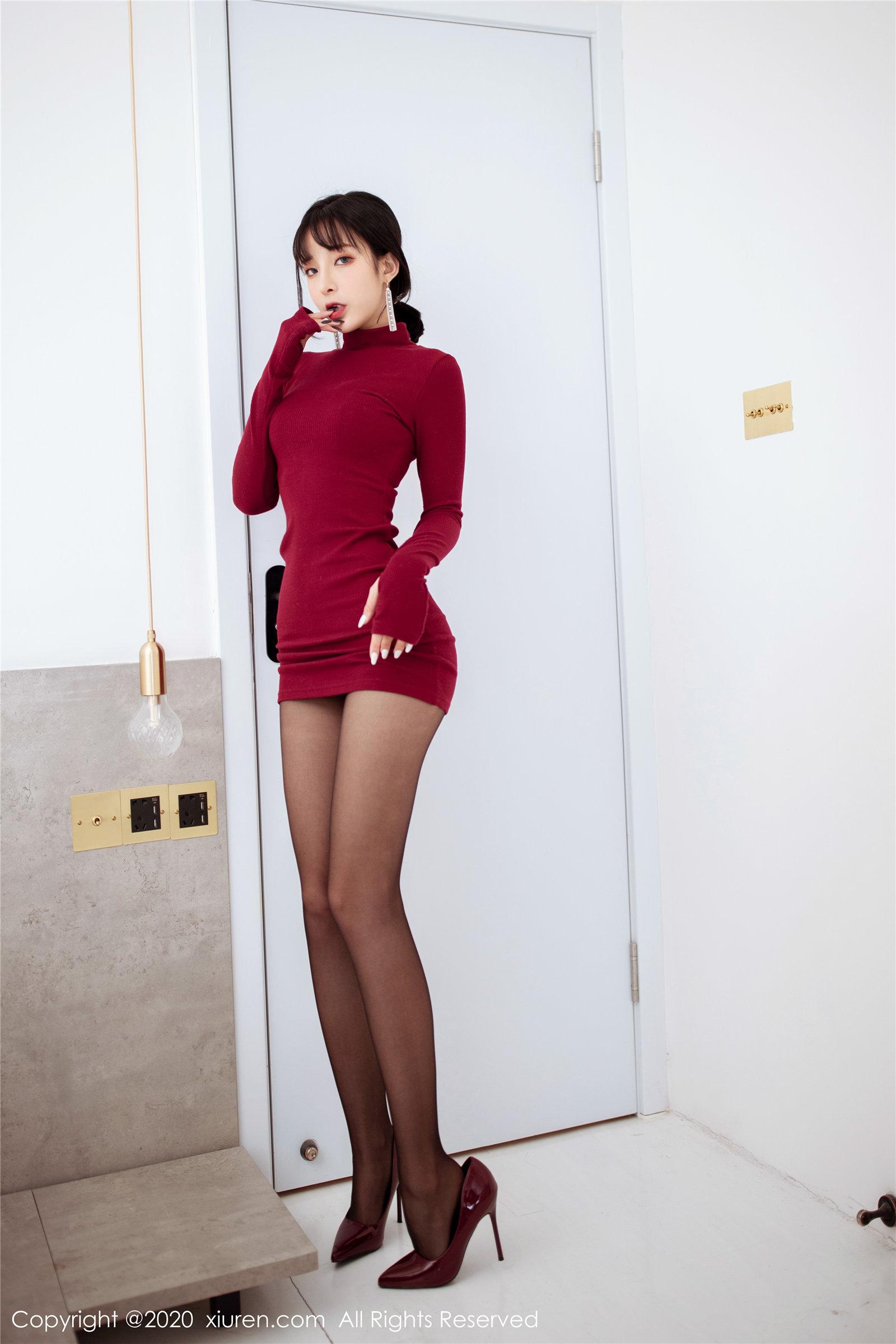红色高领毛衣 高跟黑丝 陈小喵(Vol. 1968) 性感mm-第1张