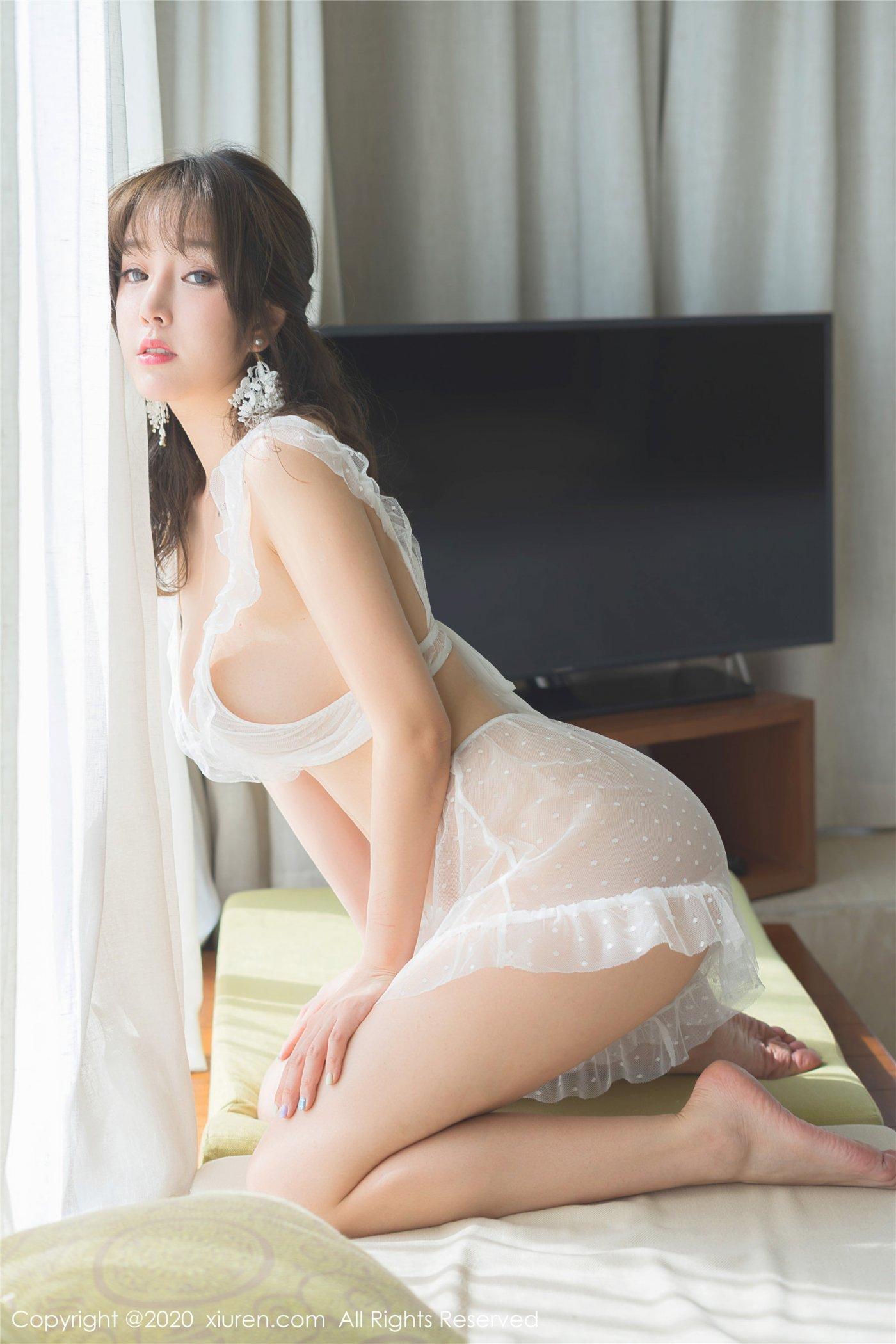 王雨纯《薄透的梦幻内衣》(Vol. 2042) 性感mm-第1张