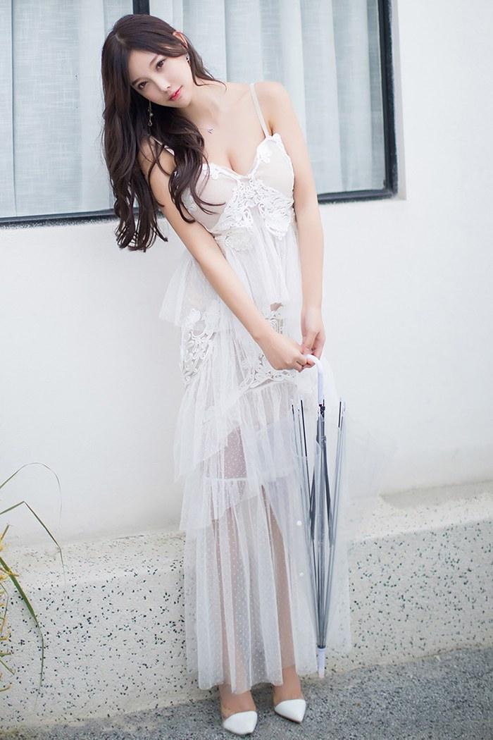 网红女神唐婉儿鲜嫩皮肤丰腴娇乳美丽动人 内衣mm-第1张