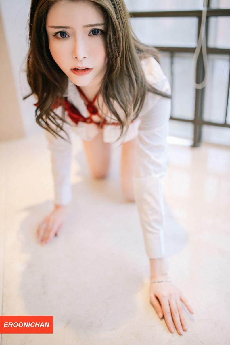 美女模特夏小秋秋秋《RED》红绳束缚主题性感写真 内衣mm-第3张
