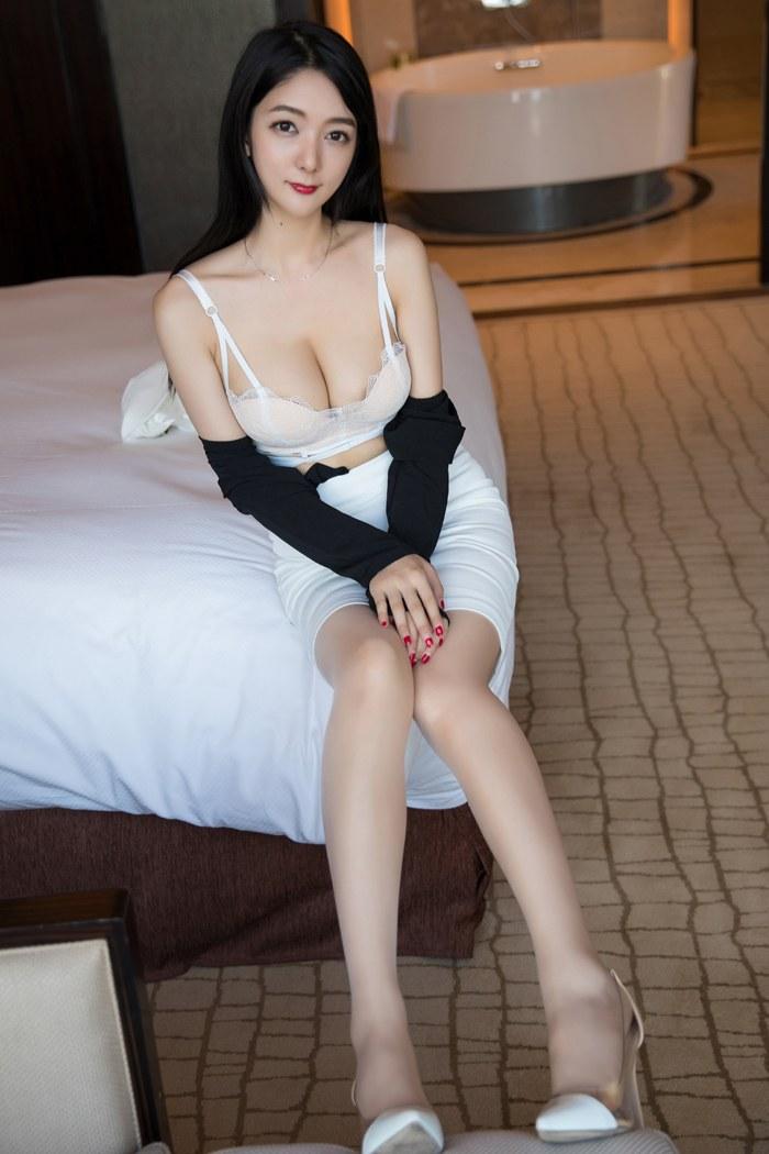 日本最大胆黄艺术写真溫泉池坦露娇躯诱惑极其 内衣mm-第4张